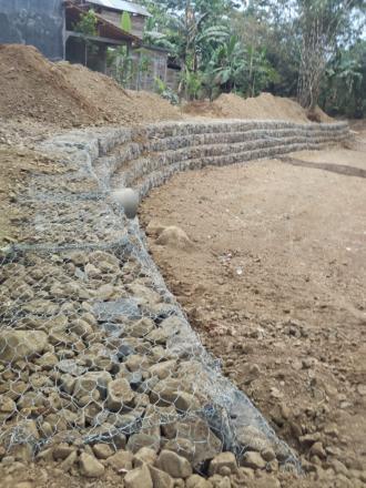 Sungai Mampet dan Bronjongisasi